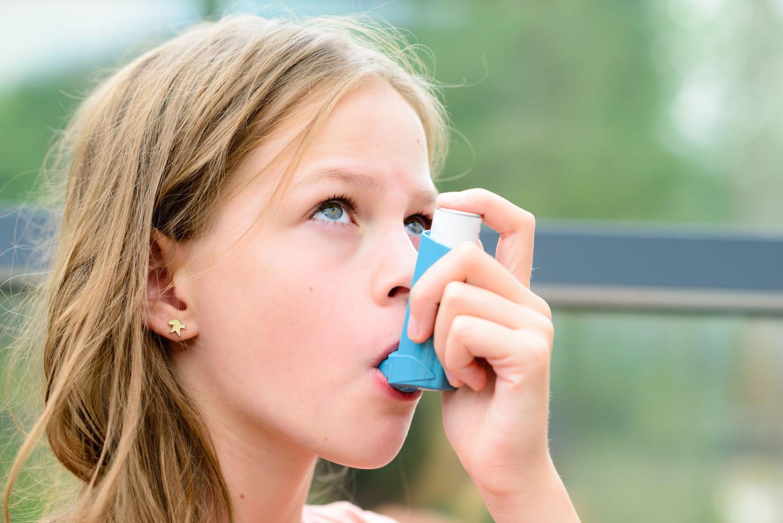 Trop d'antibiotiques prescrits chez les enfants asthmatiques
