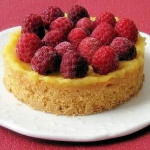 tarte aux framboises et au citron sur sablé breton