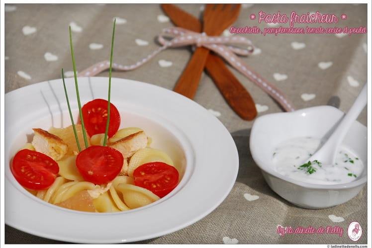 Salade de pâtes (poulet-pamplemousse-tomate cerise)