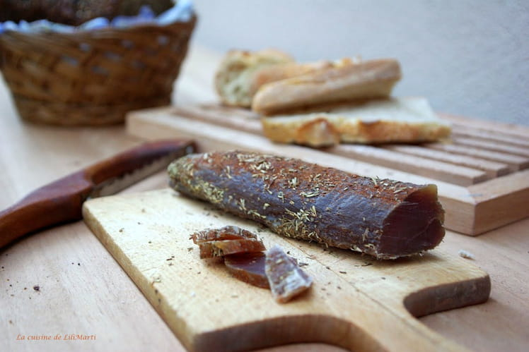 Filet de porc mignon séché aux herbes