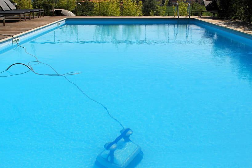 comment r ussir l 39 hivernage de sa piscine. Black Bedroom Furniture Sets. Home Design Ideas