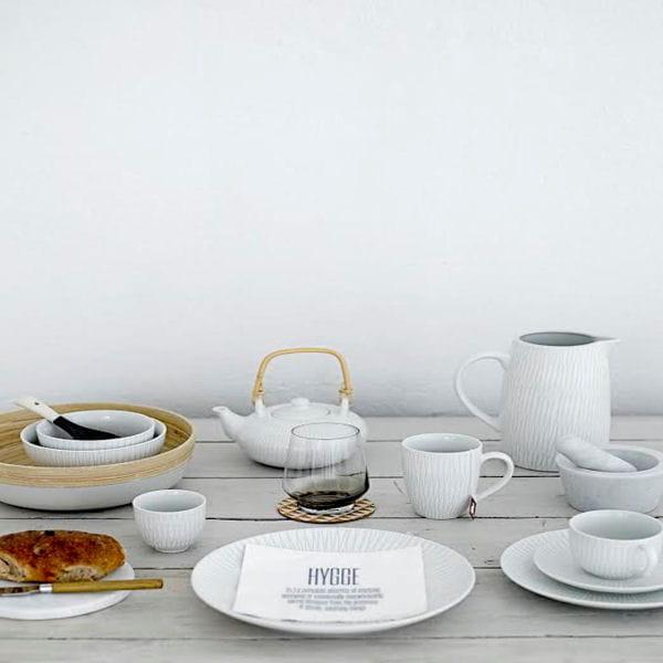 service de table d pareill bloomingville. Black Bedroom Furniture Sets. Home Design Ideas