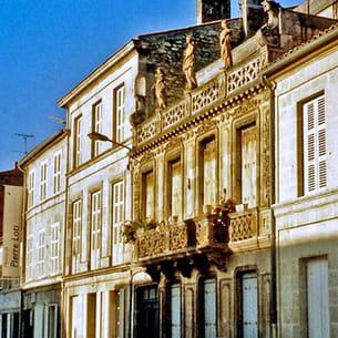 la maison de pierre loti à rochefort.