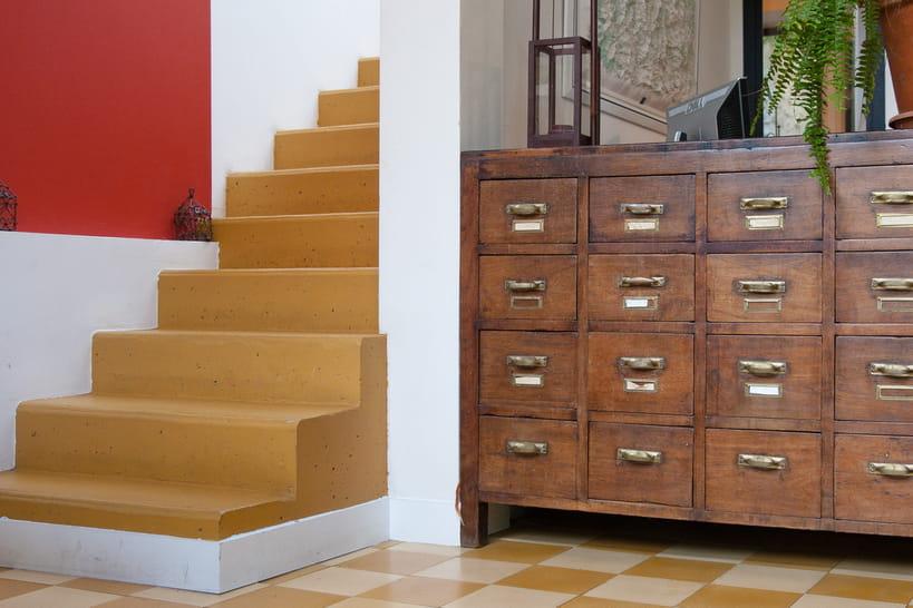 Donner un coup de frais à ses escaliers avec de la peinture