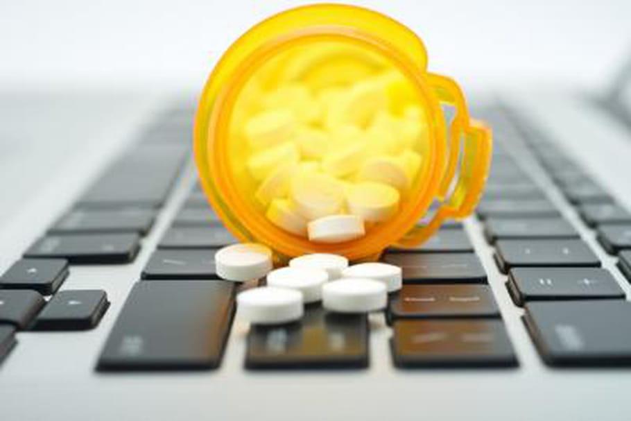 Les fabricants de médicaments mettent en garde contre les contrefaçons