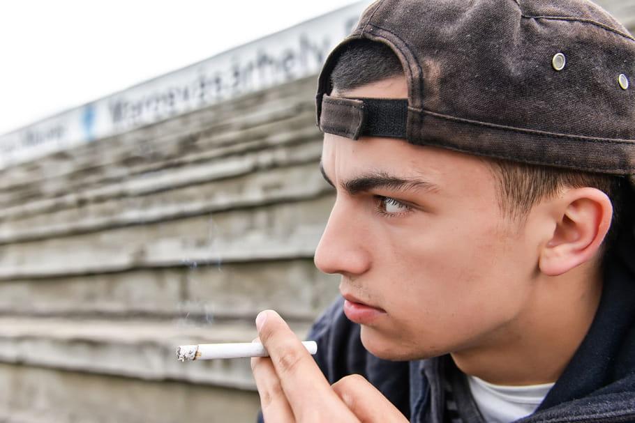 Sport, tabac, alcool... La France doit faire plus d'efforts pour la santé des jeunes