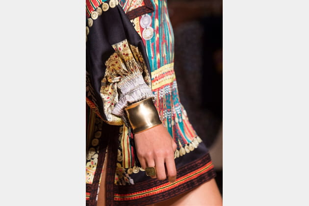 Etro (Close Up) - photo 42