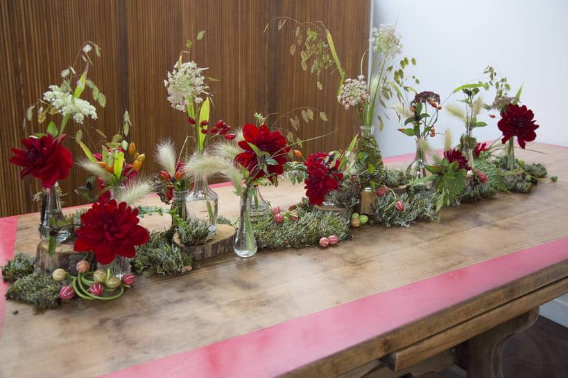 DIY: un chemin de table fleuri automnal [VIDEO]
