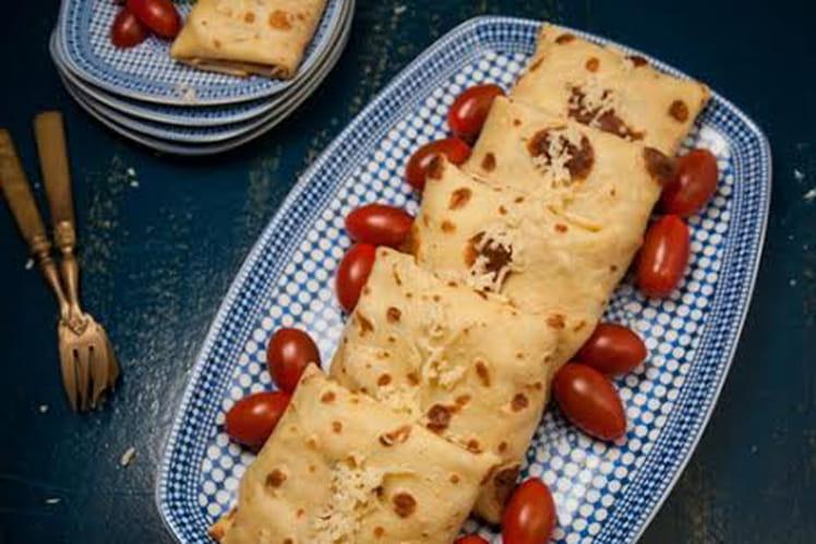 Crêpes au poulet, carottes râpées et fromage aux herbes