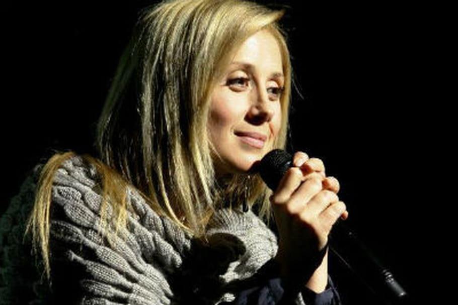Lara Fabian : hospitalisée, elle annule un concert