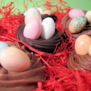 nids en chocolat
