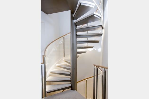 Jeux de lumière en escalier