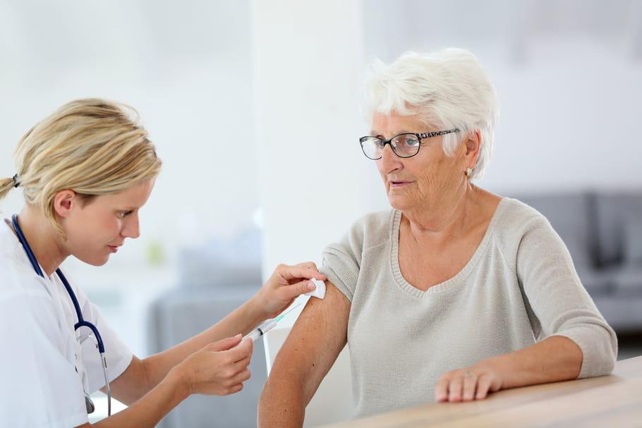 Grippe : vers une campagne d'incitation à la vaccination plus musclée