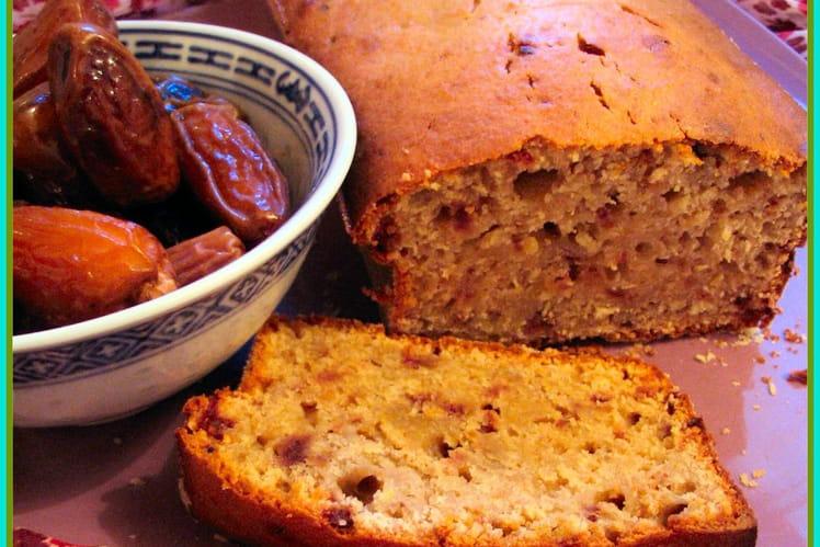 Cake aux dattes et amandes