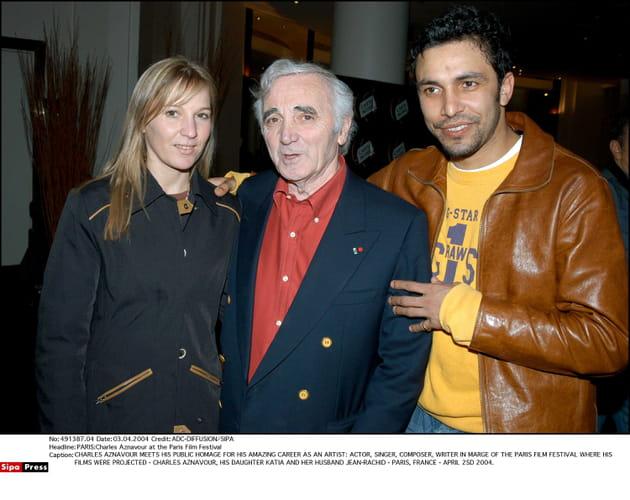 Avec sa fille Katia et son gendre Jean-Rachid, en 2004à Paris