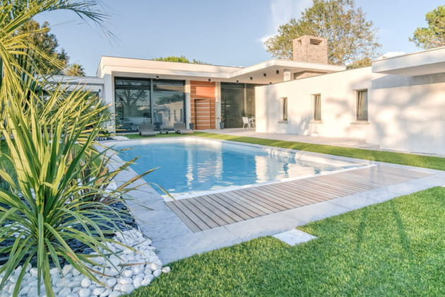 Maison plain-pied piscine