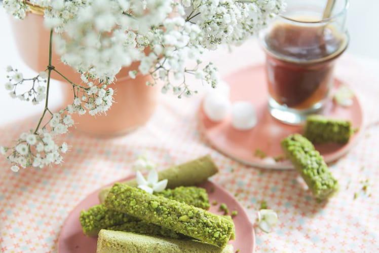 Fingers moelleux à la pistache et au thé matcha