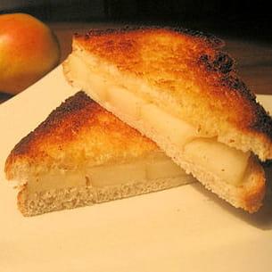 croque poire-parmesan