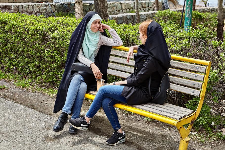 Iran: 40ans après la Révolution islamique, les femmes en mouvement