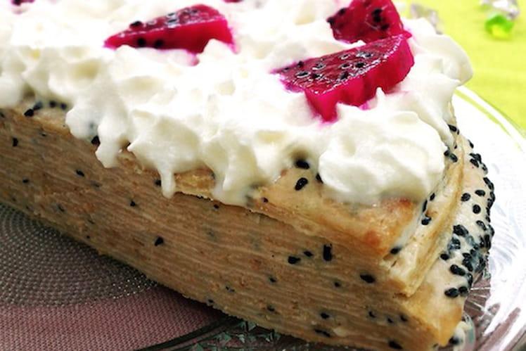 Gâteau de crêpes au pitaya, fruit du Dragon