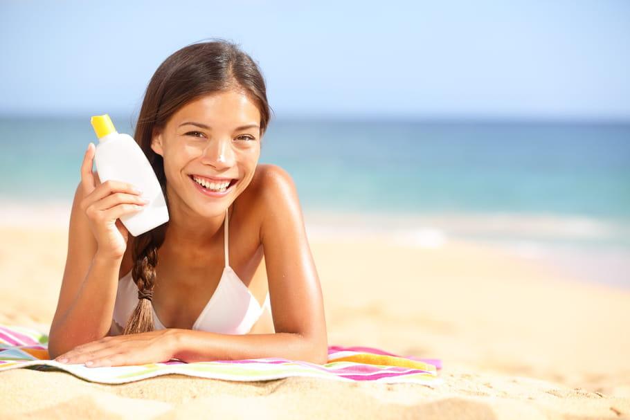 Crème solaire: conseils et produits pour bien la choisir