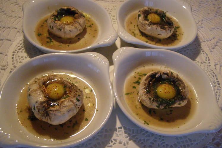 Champignons de Paris nids d'œufs de cailles