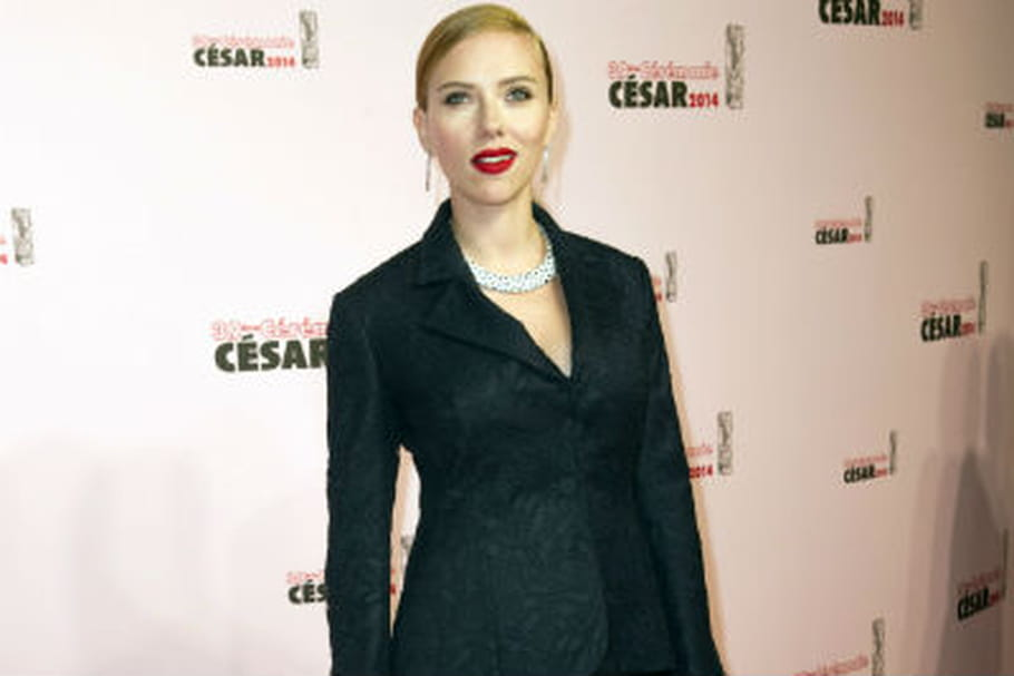 Scarlett Johansson, Julie Gayet... Le smoking prend le dessus lors de la cérémonie des César 2014