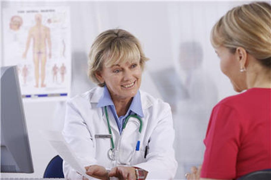 Fissure anale : symptômes et traitements