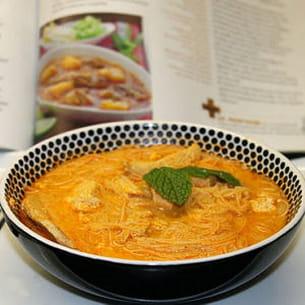 laksa de poulet et soupe malaisienne
