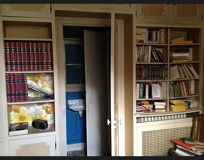 Avant: une bibliothèque passée de mode