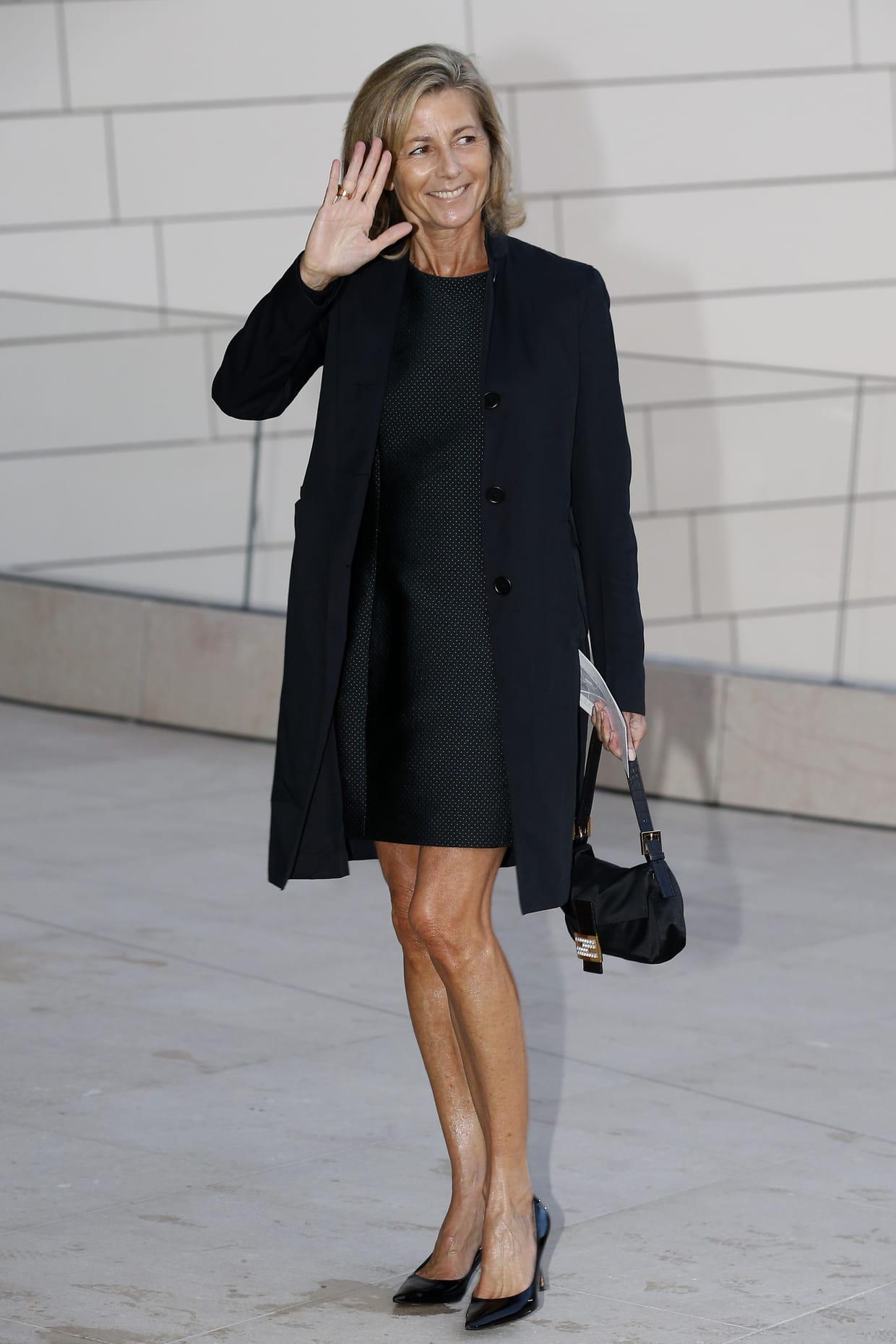 claire chazal en petite robe noire