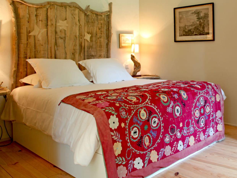 dessus de lit folk fleurs. Black Bedroom Furniture Sets. Home Design Ideas