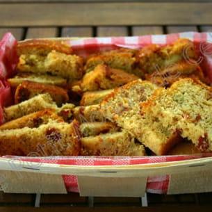 cake aux tomates séchées et aux artichauts