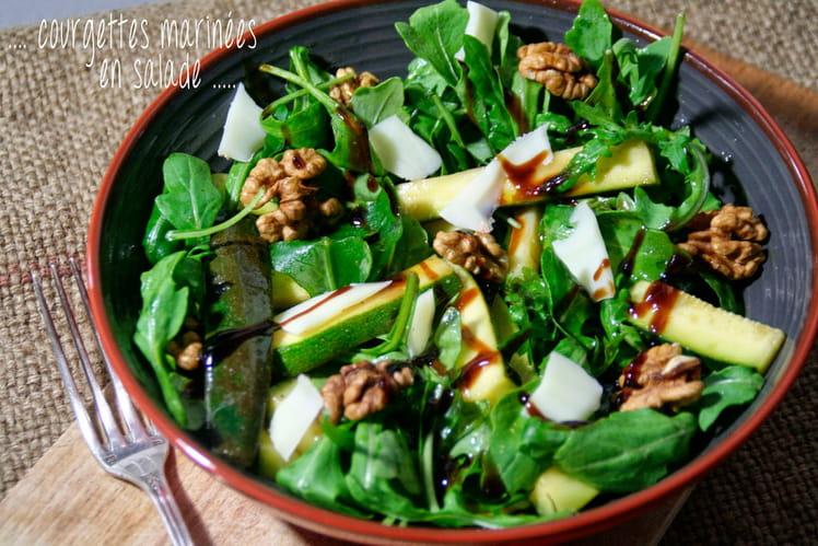 Courgettes marinées en salade