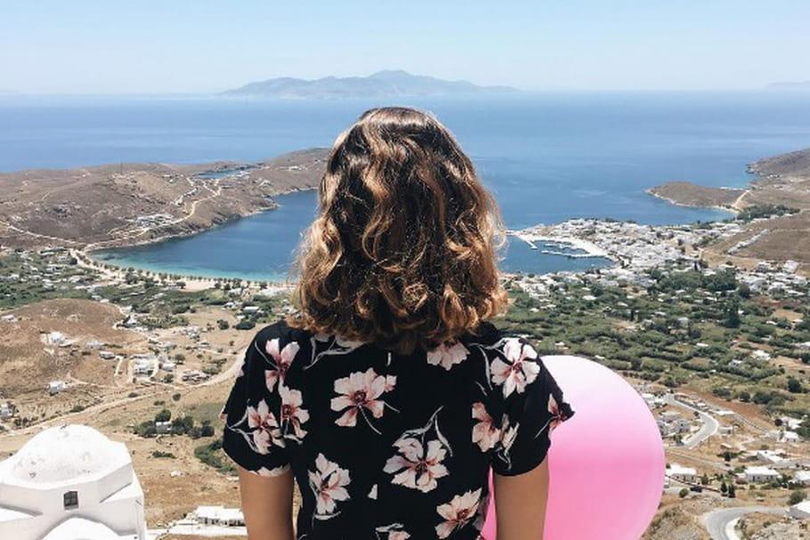 Le look blogueuse de la semaine : The Balloon Diary sous le soleil de Grèce