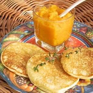 pancakes aux pommes de terre et chutney de potiron