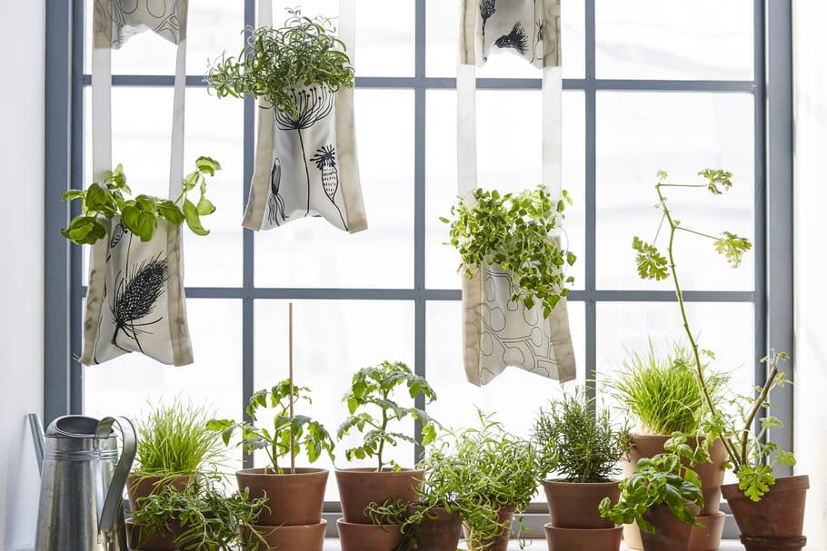 DIY: des jardinières suspendues en tissu Ikea