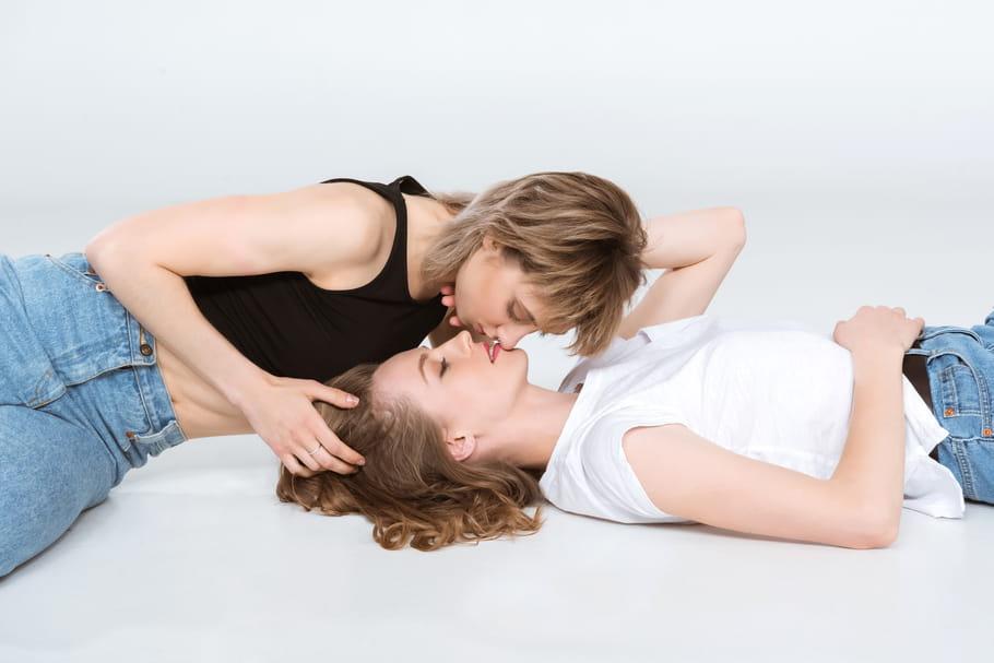 1ère fois homo: récits sans tabou d'une expérience sexuelle stressante