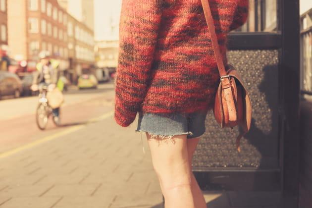 Vous portez toujours votre sac du même côté