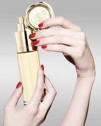 le nouveau parfum 'eau méga' de viktor & rolf