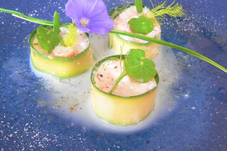 Makis aux crevettes bouquet , vinaigrette au lait d'amandes