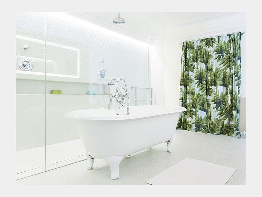 une baignoire l 39 ancienne un duplex l 39 esprit loft et la d co d complex e journal des femmes. Black Bedroom Furniture Sets. Home Design Ideas