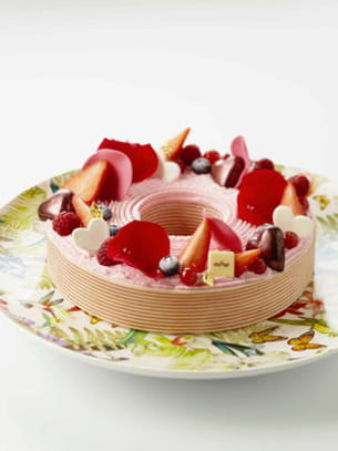 entremets planète fruits rouges de lenôtre