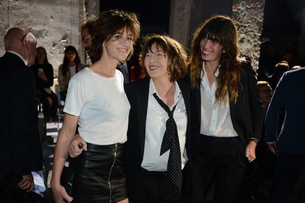 Mère et filles réunies à la Fashion Week, septembre 2016