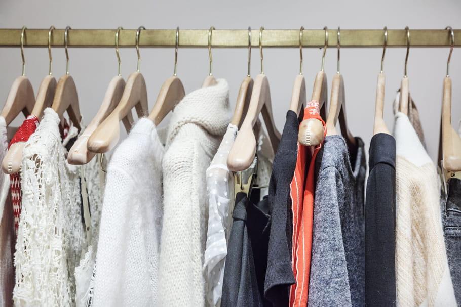 Bien ranger ses vêtements dans un dressing