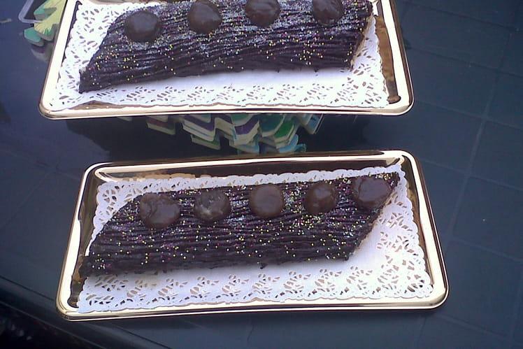 Bûche aux marrons glacés, ganache chocolat