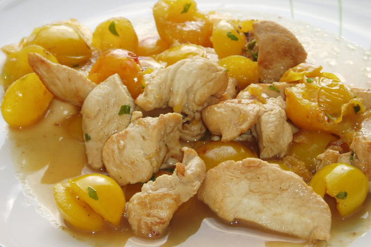 Emincé de poulet aux mirabelles