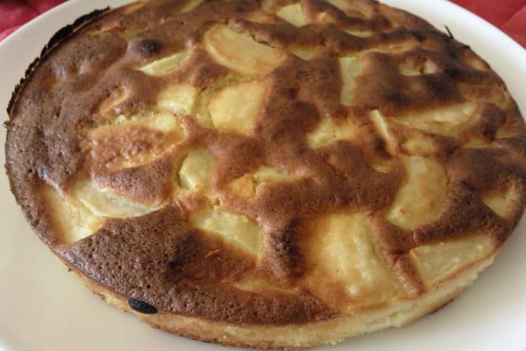 Gâteau aux poires, pomme et rhum