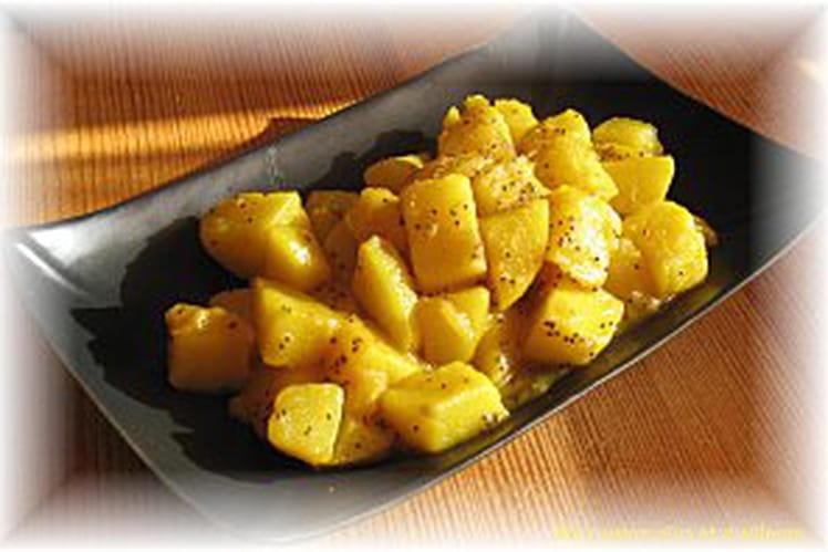 Curry de pommes de terre bengalais