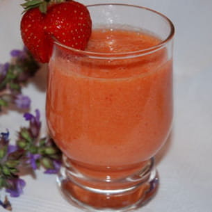 smoothie pêche-fraise-orange